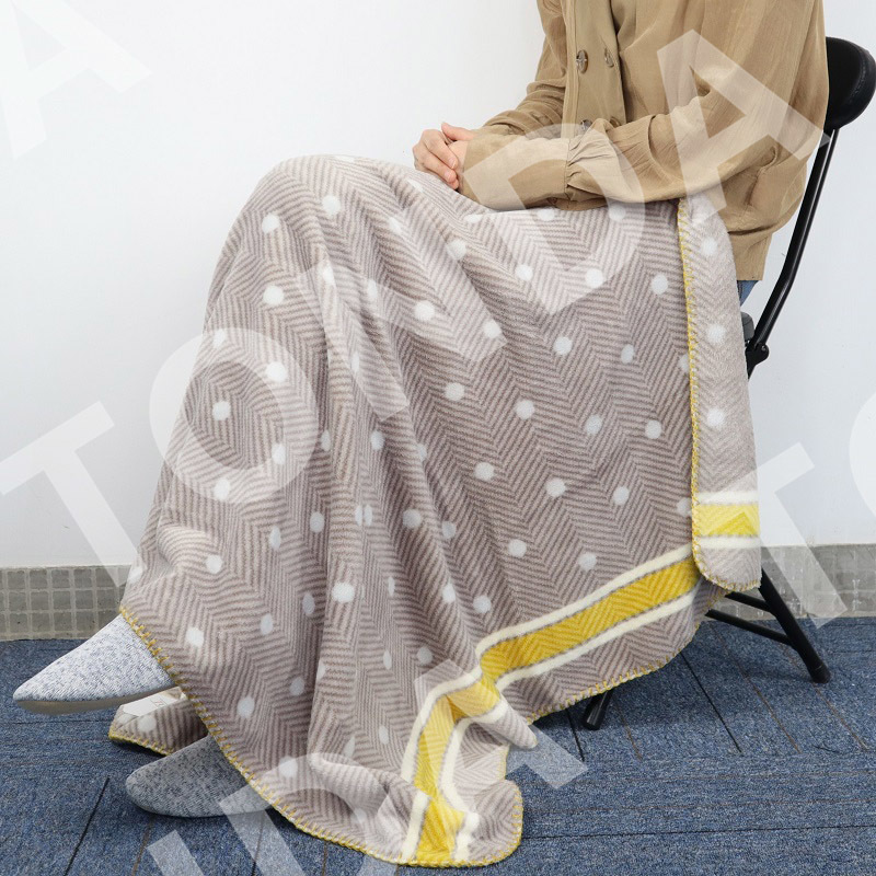 Lovely delicate printed Japanese style knee blanket