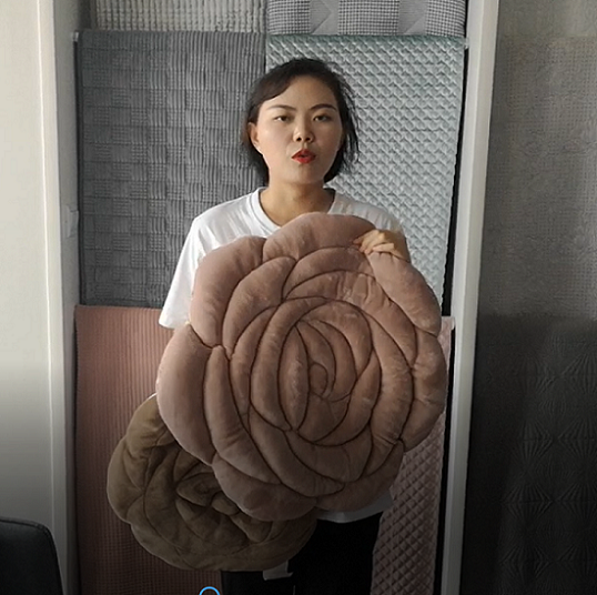 Oversized rose mat