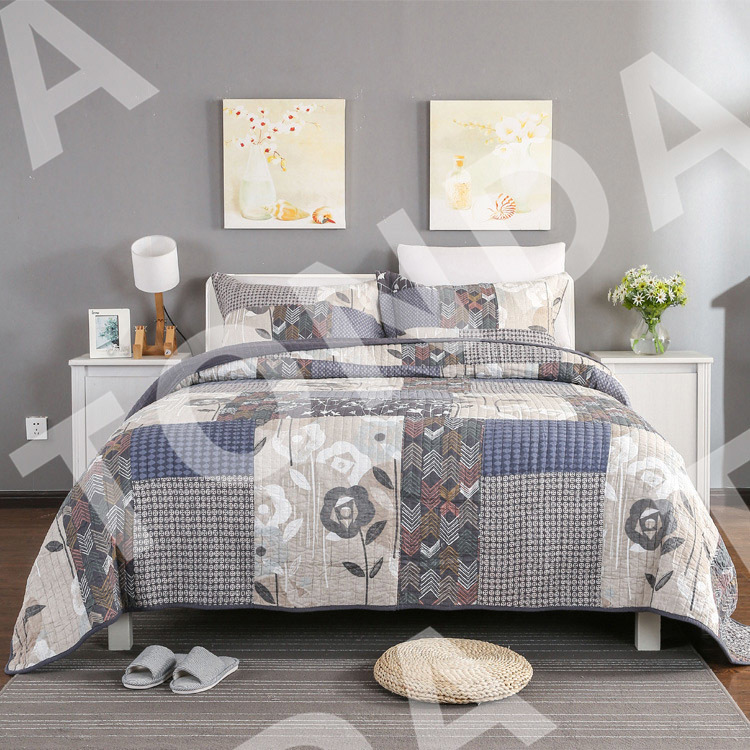 Printed Stitching Bed Quilts with various designs