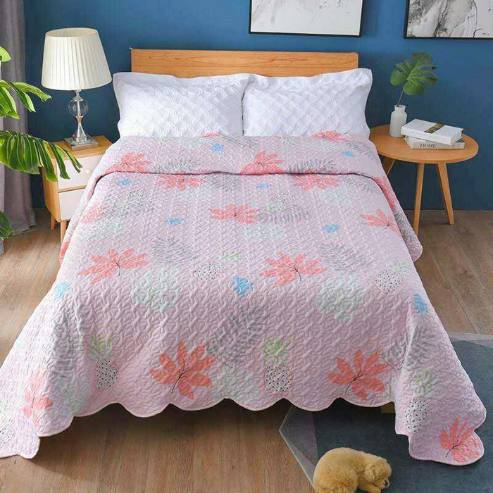 Polyester Printed  Quilted Bedspreads Quilts Microfiber Surface