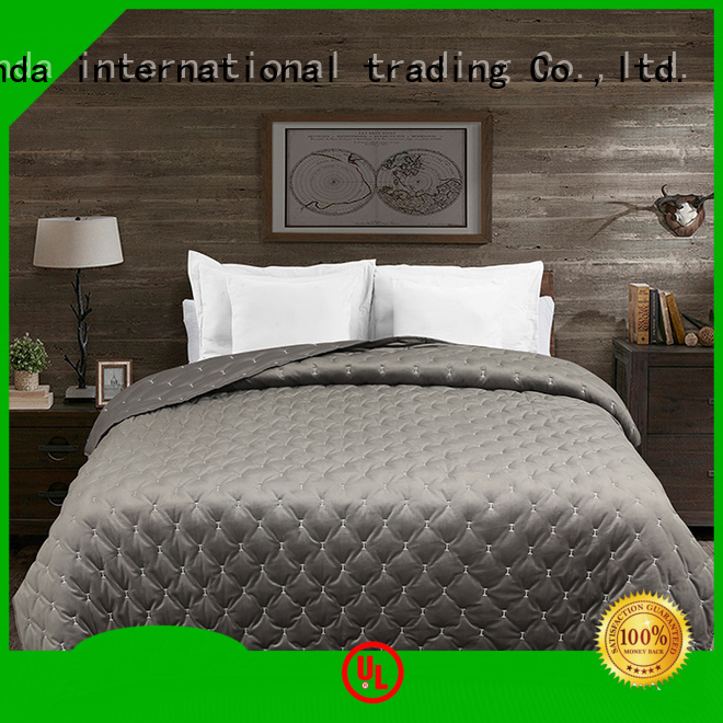 Best colorful bedspreads and quilts company for business